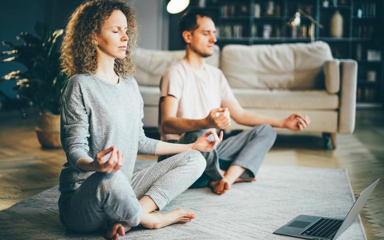 Aprenda como fazer meditação sem sair de casa