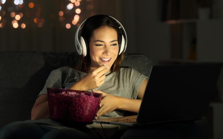 Filmes e séries são alternativas para passar o tempo na quarentena
