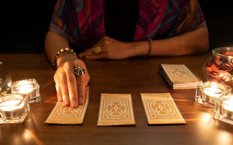 Cada um dos tipos de tarot pode ajudar a resolver diferentes questões