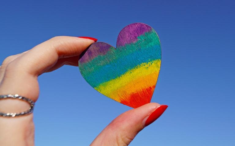 Cultive a energia do amor e atraia bons retornos para sua vida