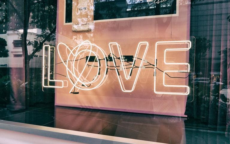 O período de Vênus retrógrado deixou algumas lições sobre o amor