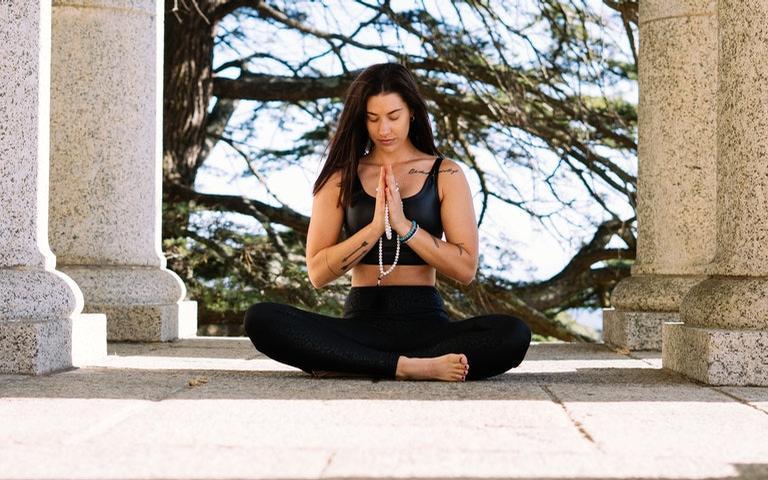 Utilize o mantra durante a meditação