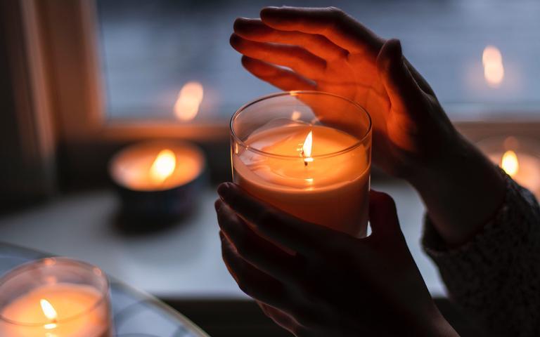 Faça o ritual das velas durante sete dias