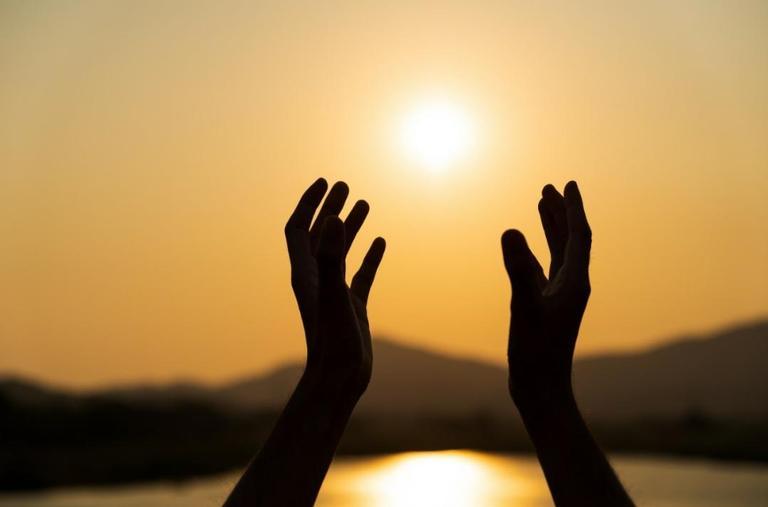 Orações e salmos para quem precisa de força e disciplina para acabar com as dificuldades com relação ao dinheiro