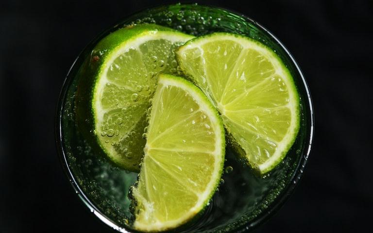 Saiba como fazer simpatias com limão