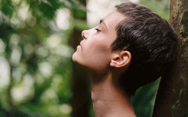 Respiração controlada é uma forma de relaxamento