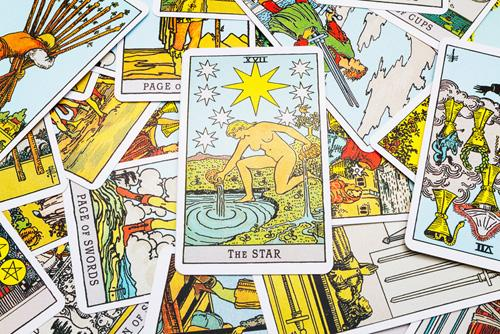 Saiba como aplicar o Tarot para Autoconhecimento