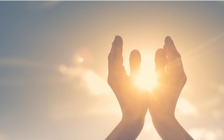Confira preces para te ajudar na jornada espiritual