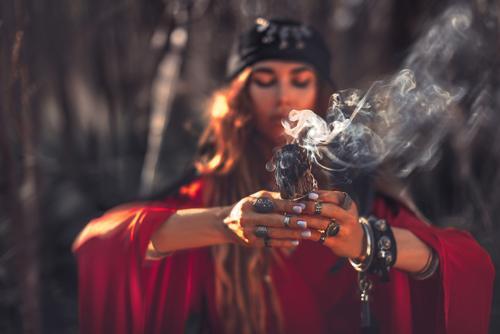 Praticar a Magia Natural é resgatar nossa ancestralidade e conexão