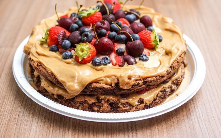 Confira como fazer simpatias com bolo