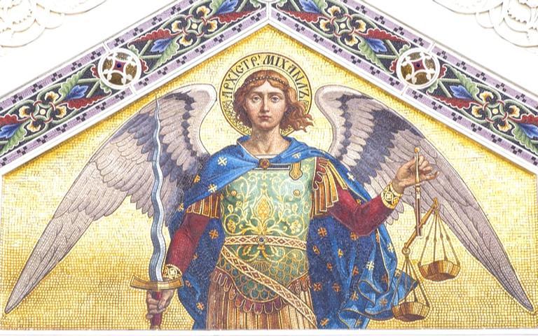 Supere obstáculos com a ajuda do anjo