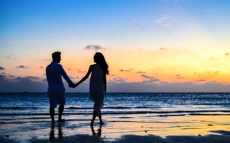 Veja como esses posicionamentos astrológicos influenciam na relação amorosa