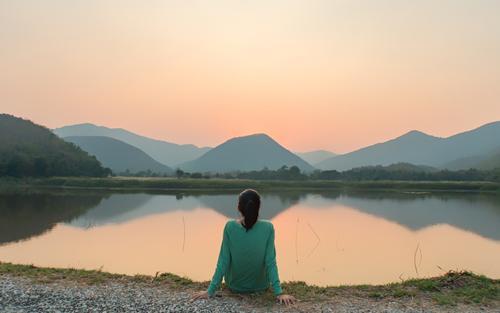 Leia atentamente as dicas abaixo para você começar a se abrir para a luz divina que é de paz e amor