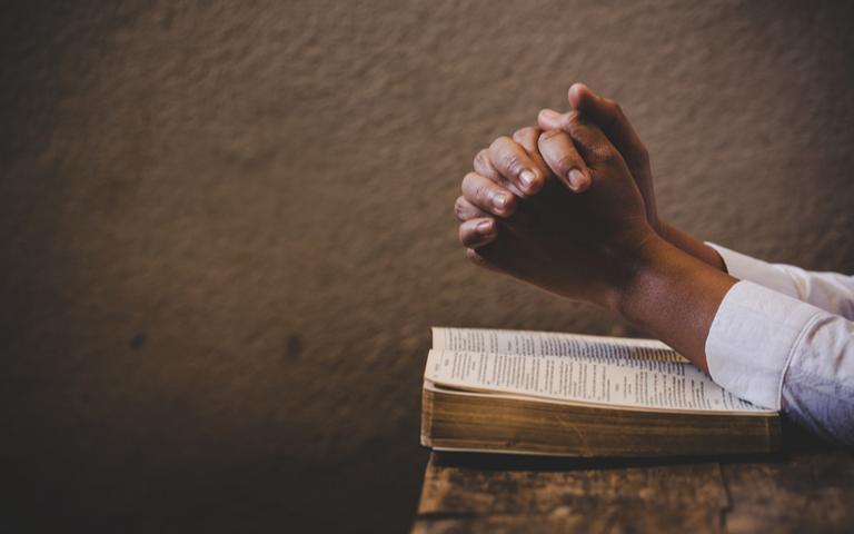 Proteja a sua saúde com esses salmos iluminados