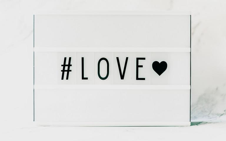 Lives especiais sobre Amor com especialistas, astrólogos e terapeutas