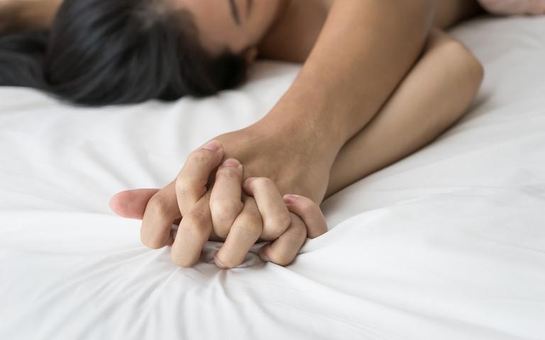 Dê um up na relação com ajuda de rituais infalíveis para a hora H
