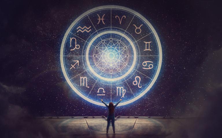 Confira o horóscopo mensal para todos os signos!