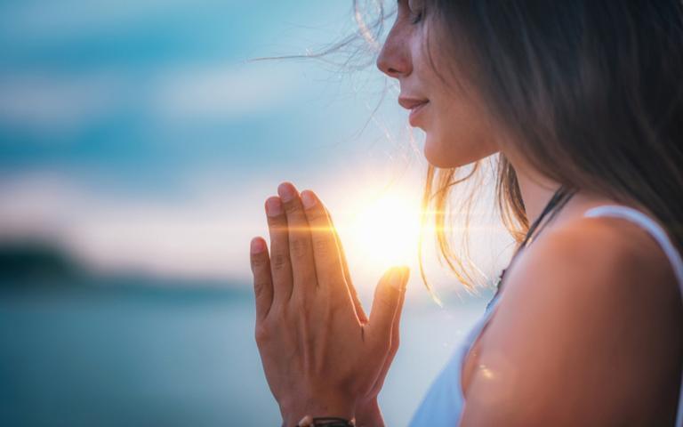 Mensagens espíritas que trazem paz e proteção para momentos do dia a dia